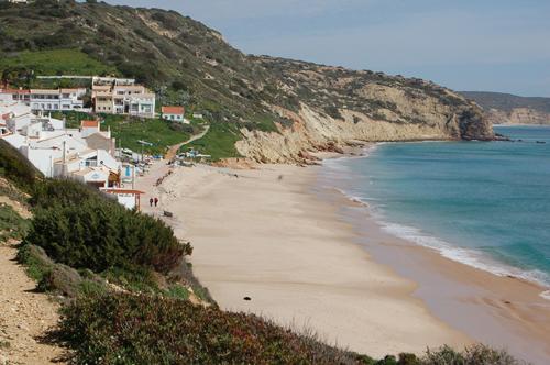 Melhor praia secreta no Algarve - Praia da Salema
